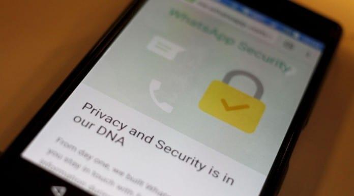 Imagem mostrando texto do WhatsApp sobre segurança e criptografia