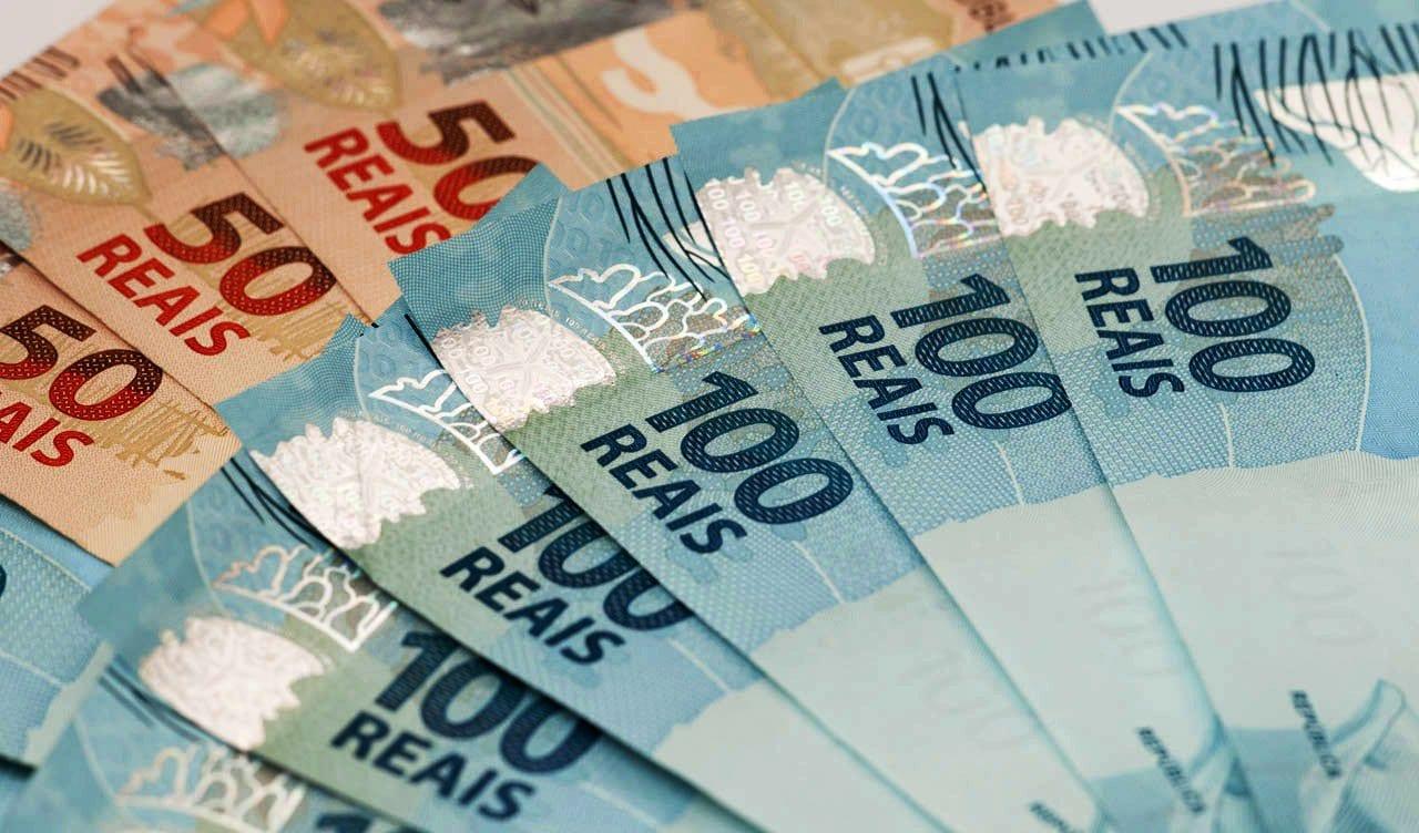 Governo Federal em 2017, governo federal já arrecadou r$ 700 bi; veja o que você pode fazer com todo esse dinheiro
